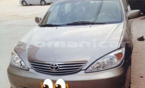 Buy Used Toyota Camry Brown Car in Muscat in Masqat