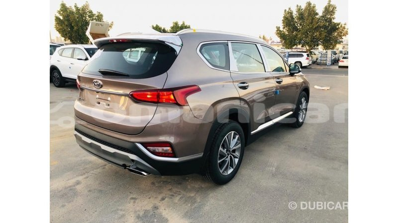 Big with watermark hyundai santa fe dhufar import dubai 4509