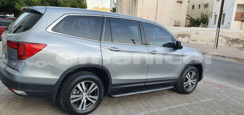 Big with watermark honda pilot masqat muttrah 4625
