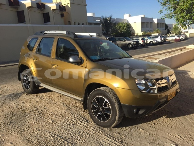 Big with watermark renault duster masqat muscat 4636