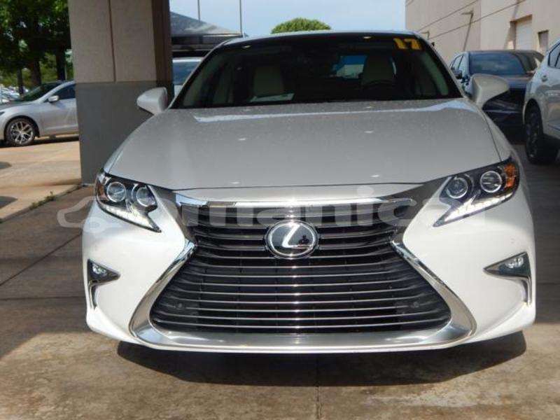 Big with watermark lexus es al batinah al khaburah 4686